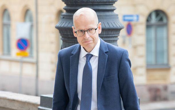 VM:n korkein virkamies, kansliapäällikkö Martti Hetemäki saa pätkäseuraajan.
