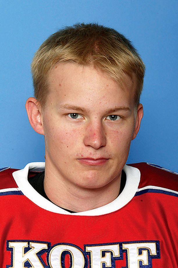 Aleksis Ahlqvist siirtyi täksi kaudeksi Jypistä HIFK:n riveihin.