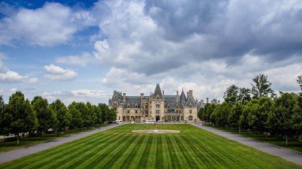 Komea Biltmore Estate on yhdysvaltain suurin yksityisomisteinen talo.