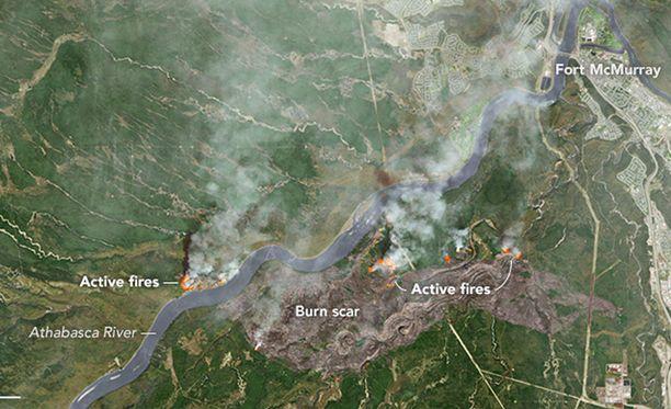 Kanadan Albertan provinssissa riehuvat maastopalot näkyvät avaruuteen asti.