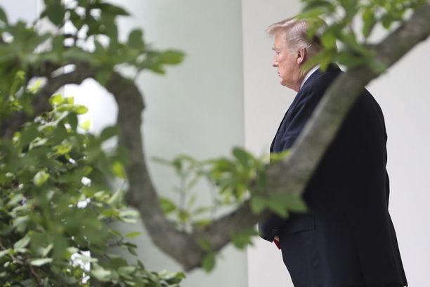 Tuoreet oikeusjutut osuvat Trumpin sisäpiiriin.