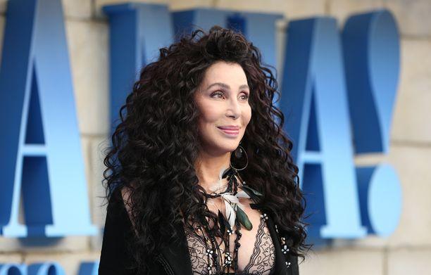 Laulajatähti Cher on parhaillaan Australian kiertueella.