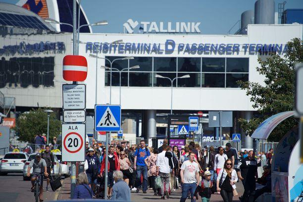 Tältä näytti Tallinnan satamassa viime vuoden kesäkuussa.