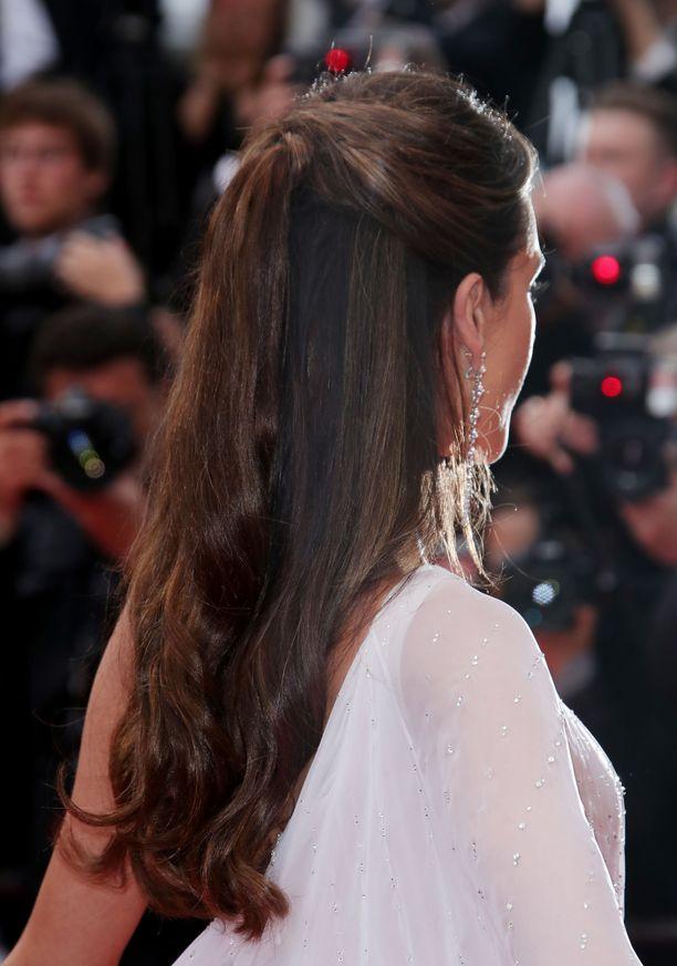 Alessandra Ambrosion look takaa.