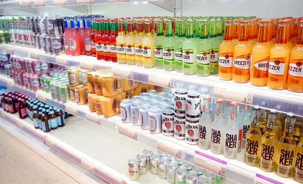 Alkoholilakiuudistus saattaa tuoda niin sanotut limuviinat ruokakauppoihin.