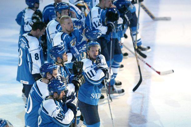Leijonat romahti Ruotsia vastaan 5–1-johdosta 5–6-tappioon MM-puolivälierässä 2003.