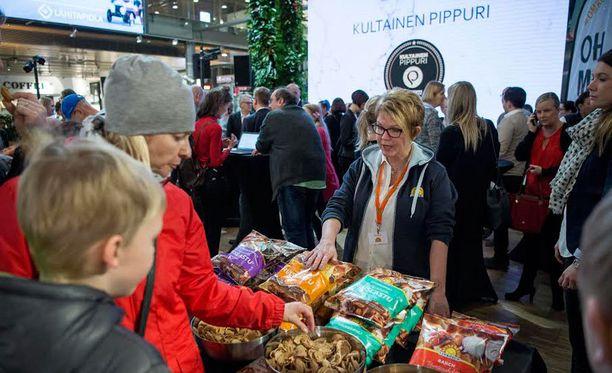 Kultainen Pippuri -tapahtumassa maisteltiin tuotteita ja tunnusteltiin ruokatrendejä.