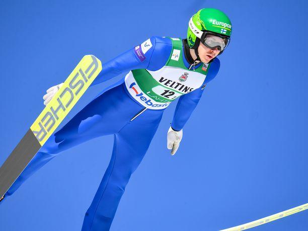 Ilkka Herola leiskautti kauden parhaan hyppynsä Oslossa.