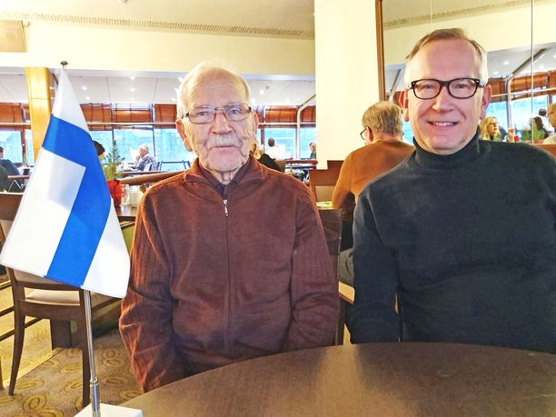 Sotaveteraani Matti ja Jaakko Rautiainen tulivat Helsinkiin Savonlinnasta.