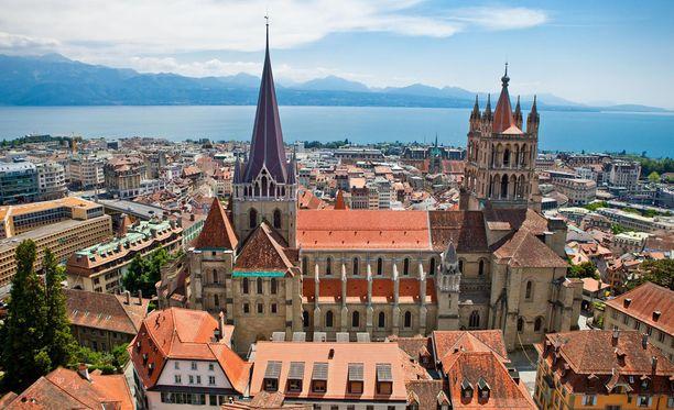 Pohjois-Afrikasta kotoisin oleva pariskunta oli hakenut kansalaisuutta Lausannessa.