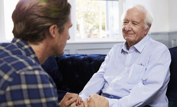 Hoitotahdosta kannattaa puhua ja sitä kannattaa miettiä ajoissa.
