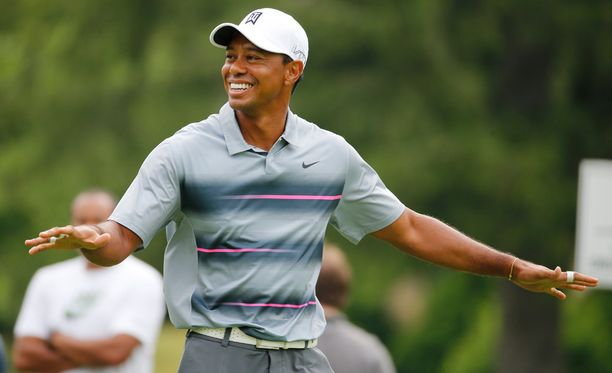 Tiger Woodsin suhdekuviot nousivat taas tapetille.