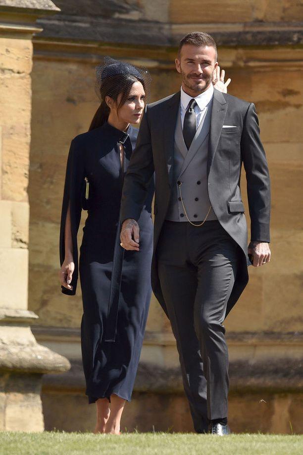 Victoria ja David Beckham kuninkaallisissa häissä Windsorissa toukokuussa.
