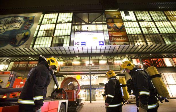 Kampin bussiterminaalissa paloi marraskuussa.