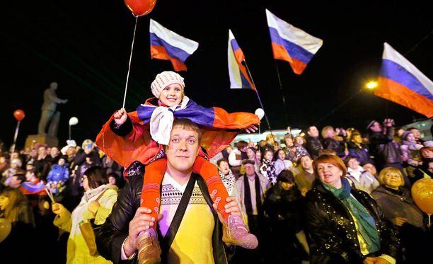 Historiankirjoitusta uudistetaan Venäjällä parasta aikaa. Propagandaan käytetään rahaa enemmän kuin työttömyyden hoitoon.