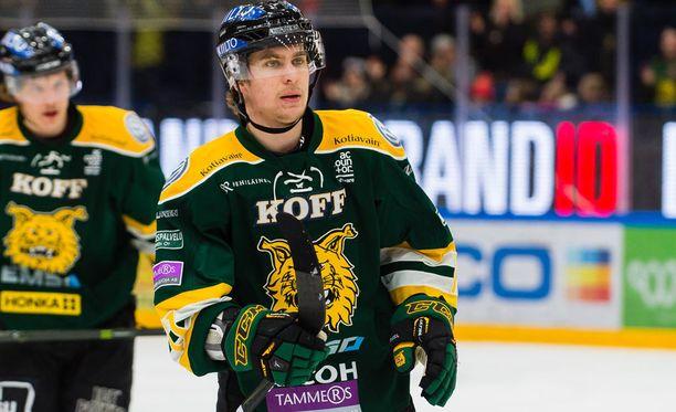 Michael Keränen hämmästeli Ilveksen kehnoa iltapuhdetta.