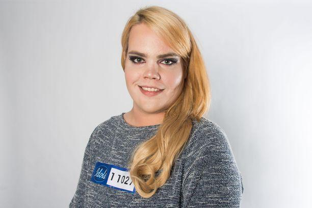Toni Maaruska on saanut tietää vasta hieman ennen koelauluaan, että Jannika B on Toni Wirtasen vaimo. Maaruska esittää Apulannan kappaleen.