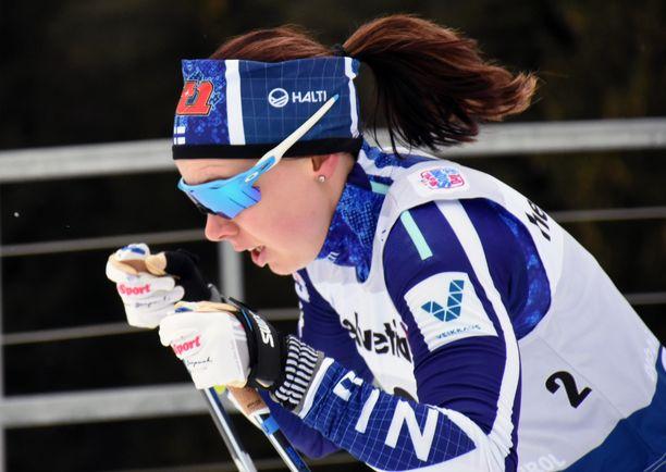 Susanna Saapunki on toiseksi parhaana suomalaisnaisena maailmancupissa sijalla 42.