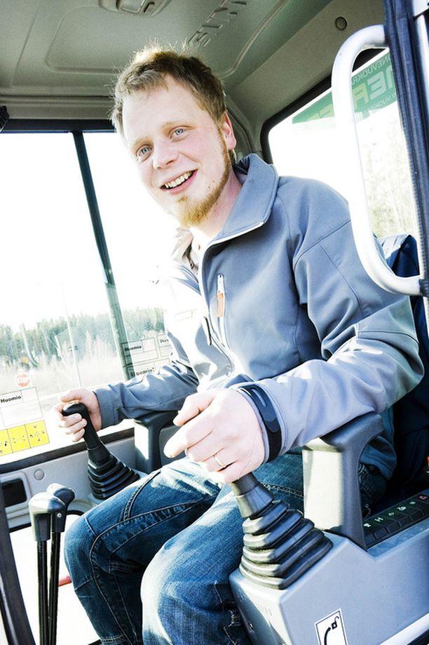 - Otan tietysti läppärini matkaan, jotta voin raportoida Facebookissa matkan edistymisestä, Mutanen lupailee.