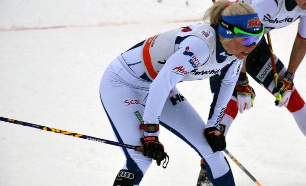 Mari Laukkanen kilpaili lauantaina Tour de Skillä. Ensi viikolla hän mittelee leipälajinsa ampumahiihdon maailmancupissa Saksan Oberhofissa.