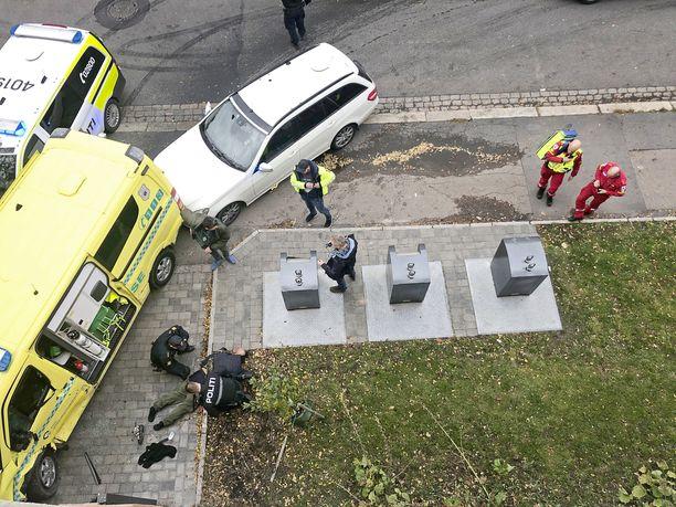 Poliisi epäillyn ambulanssihyökkääjän kiinni nopeasti.