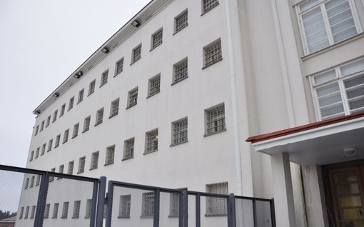 Suomen Rikosseuraamuslaitos merkitsi asiakirjaan väärän vuosiluvun – virolaismies istuu vankilassa kolme vuotta pidempään kuin oli tarkoitus