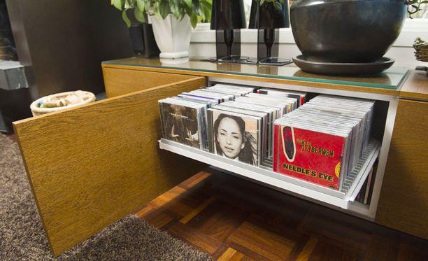 Minimalisti säilyttää levyt piilossa.