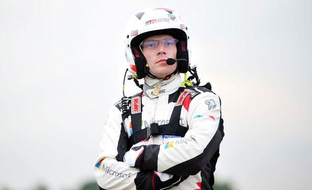 Jari-Matti Latvala keskeytti lauantaina, mutta otti sunnuntaina viisi bonuspistettä.