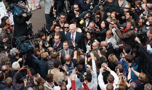 Julian Assange on ristiriitaisia tunteita herättävä persoona.