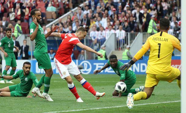 Denis Tsheryshev teki Saudi-Arabiaa vastaan kaksi maalia.