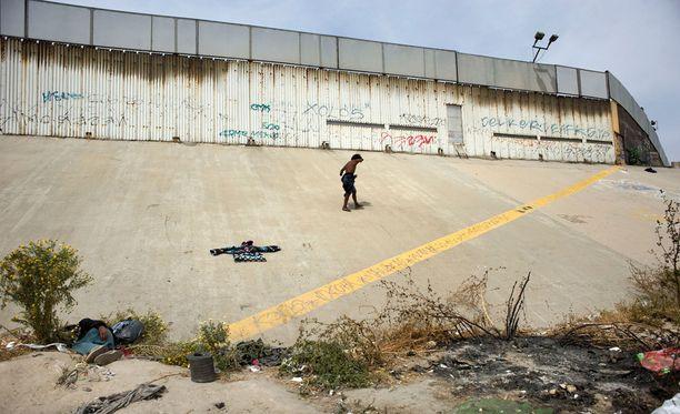 Yksi Yhdysvaltojen ja Meksikon ongelmallisimpia rajanylityspaikkoja on rajakaupunki Tijuana.