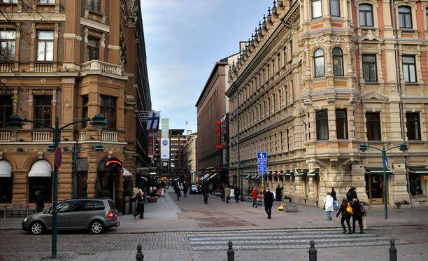 Uusi hotelli rakennetaan elokuvateatteri Maximin paikalle.
