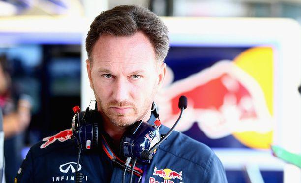 Christian Horner on syyttänyt Reanult'n moottoreita Red Bullin heikosta avauskilpailusta.