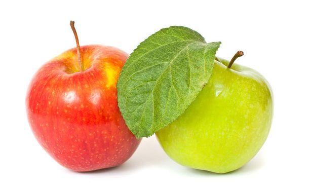 Erityisesti kotimaisia omenoita ei tarvitse kuoria.