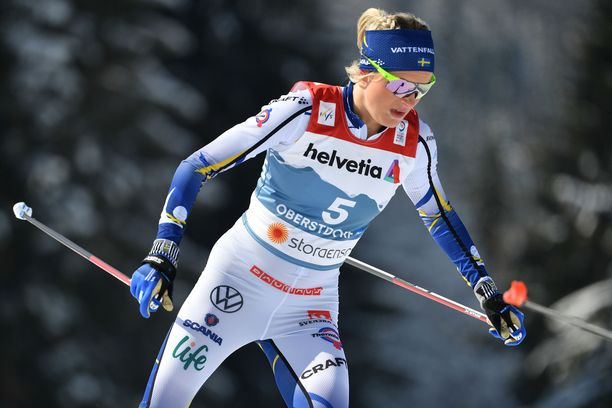 Frida Karlsson voitti Oberstdorfissa kaksi MM-hopeaa sekä pronssia.