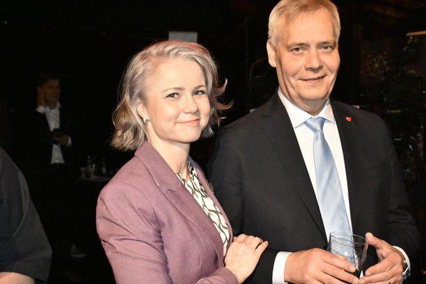 Heta Ravolainen-Rinne ja Antti Rinne ottivat eurovaalien tuloksen vastaan tyynesti. SDP menestyi paremmin kuin viisi vuotta sitten, jolloin Rinne oli vastavalittu SDP:n puheenjohtaja.
