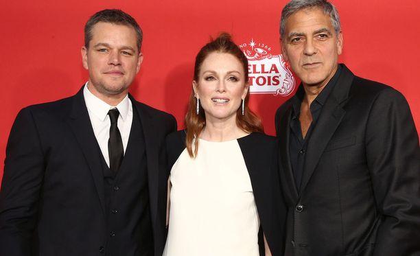 Matt Damon ja George Clooney markkinoivat uutta elokuvaansa, jossa nähdään myös Julianne Moore. Tuore haastattelu kääntyi kuitenkin itse elokuvasta Harvey Weinsteiniin.