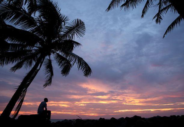 Tsunamista selviytynyt muisteli kymmenen vuoden takaisia tapahtumia Sri Lankassa.