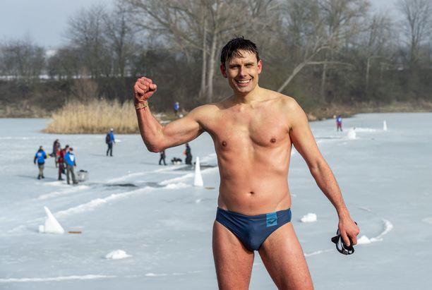 David Vencl on kommentoinut julkisesti Johanna Nordbladin vapaasukelluksen maailmanennätystä.