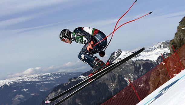 Bode Millerin meno Sveitsin Wengenissä oli vauhdikasta.