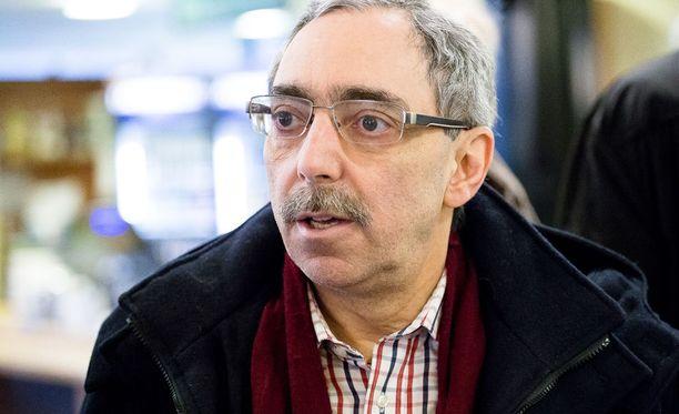 Ben Zyskowicz on toiminut kokoomuksen kansanedustajana vuodesta 1979 lähtien.