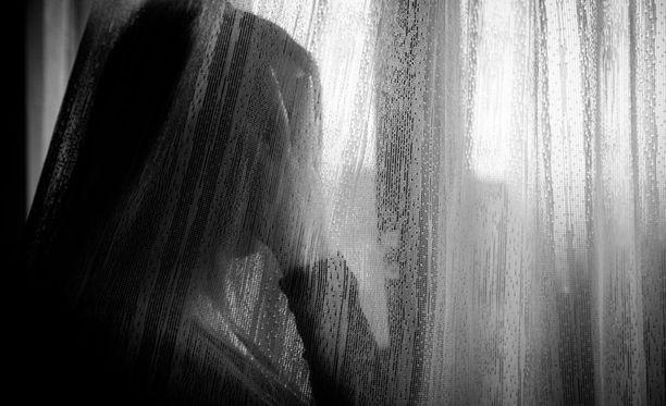 Itä-Suomen hovioikeus ei muuttanut miehelle naisystävän pahoinpitelystä Kymenlaakson käräjäoikeudessa annettua tuomiota, joka on yhdeksän kuukautta ehdotonta vankeutta.