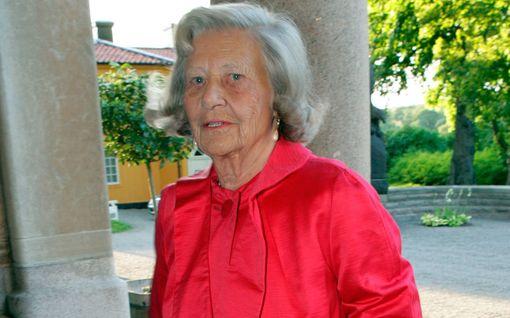 Ruotsin hovin suuri suru - Bernadotte-suvun vanhin on kuollut: teräsmummo olisi täyttänyt pian 104 vuotta