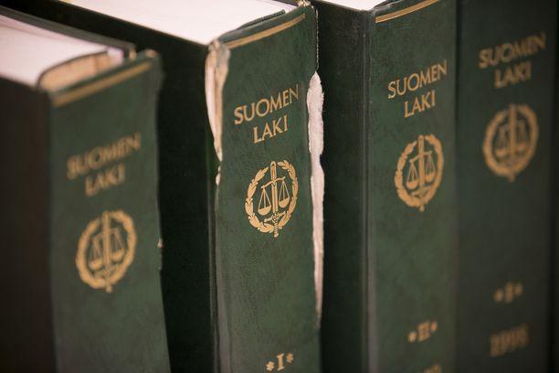 Yleiseen mielipiteeseen vaikuttavat trendit, mutta lainsäädäntö muuttuu hitaammin. Arkistokuva.