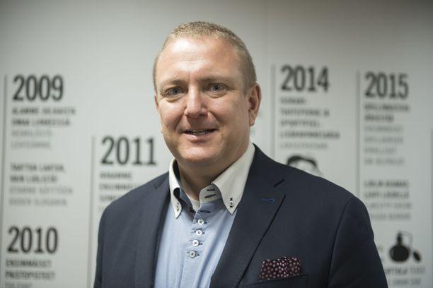 Suomen Lidlin toimitusjohtaja Lauri Sipponen kuvattuna yhtiön pääkonttorissa Espoon Niittykummussa huhtikuussa 2018.
