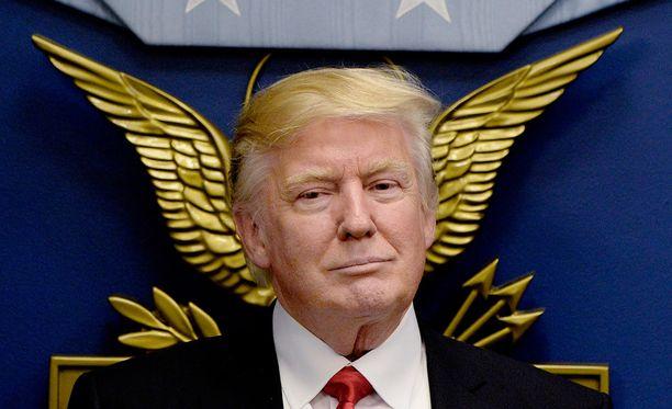 Suomalaisyritys kääntää Yhdysvaltain presidentin Donald Trumpin tviitit englannista espanjaksi.