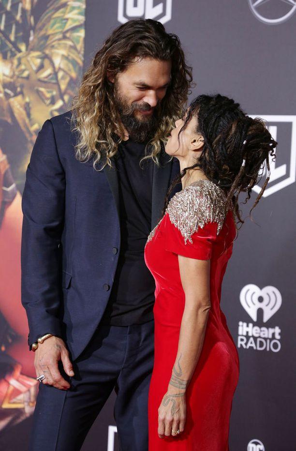 Lisa Bonet, 49, on tunnettu näyttelijä. Ennen Momoaa Bonet oli naimisissa Lenny Kravitzin kanssa.