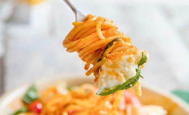 Kotikeittiöissä ollaan nyt kiinnostuneita erilaisista pastakastikkeista ja -tyypeistä, Googlen tutkimus kertoo.