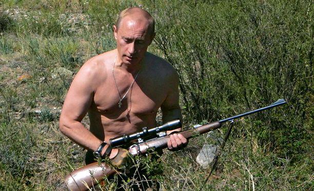 Metsästys on Venäjällä suosittu harrastus. Myös presidentti Vladimir Putin on jakanut itsestään kuvia metsästämässä.
