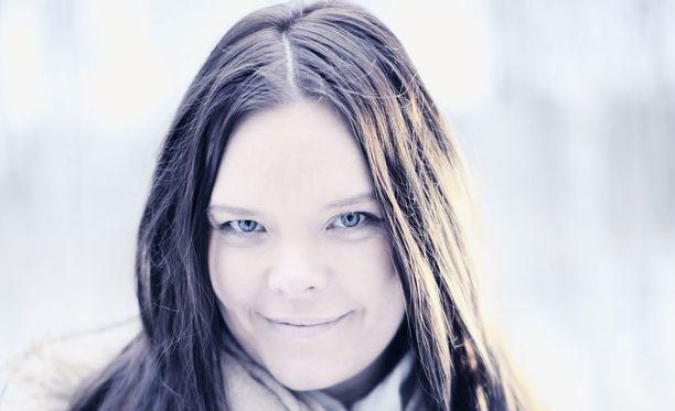 Anette Olzon julkaisi taannoin sooloalbuminsa Shine.